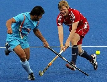 Britons Beat Indians in Hockey, But Simon Mantell Sustains an Injury