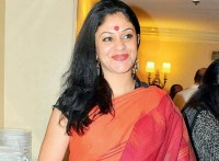 Laxmi Mittal's wife Usha