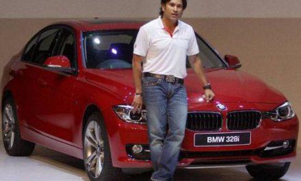 Sachin Tendulkar Helps Launch BMW 3 Series Cars
