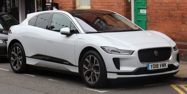 The Electric 2019 Jaguar I-Pace Can Wade Through 19 Inches of Water