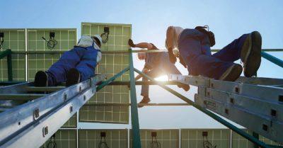 Eleven Million People Employed in Renewable Energy Worldwide in 2018